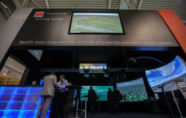 Barco y projectiondesign ITSEC 2013