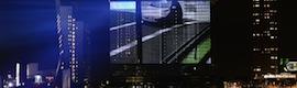 El videomapping más grande de Europa transforma la fachada del rascacielos De Rotterdam