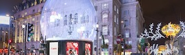 'Snow globe', protagoniza la Navidad digital en el corazón de Londres y protege la famosa estatua de Eros