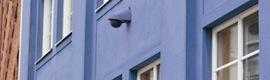 Axis P5415-E: domo PTZ para videovigilancia ciudadana y perimetral que se integra estéticamente en la fachada