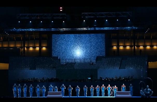 Christie en la ceneremonia inaugural Mundial Natacion 2013