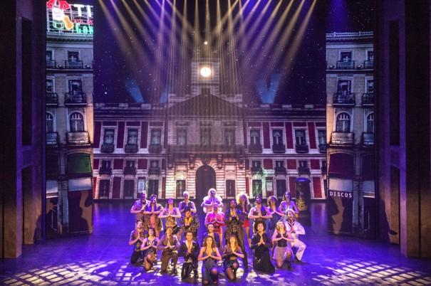 Robe ilumina el musical Hoy no me puedo levantar José Carlos Nievas