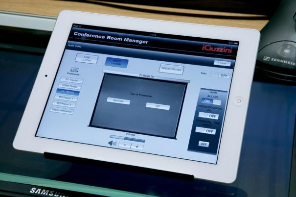 iPad control iGuzzini