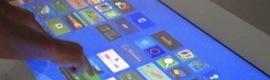Macroservice muestra las ventajas de las pantallas táctiles de Displax y del software multitouch Arena