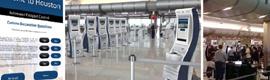 GCR instala kioscos para el control de pasaportes y digital signage en el aeropuerto George Bush de Houston