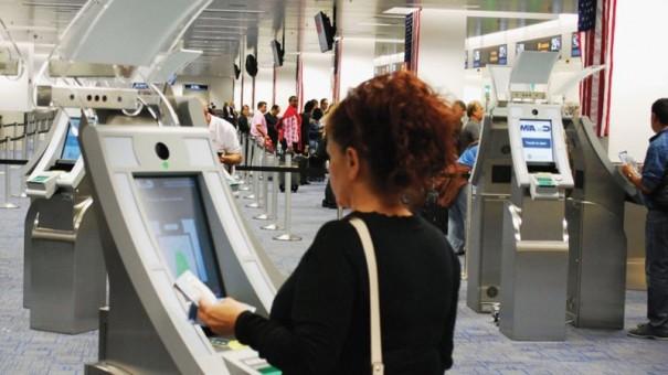 GCR APC kiosk aeropuerto George Bush
