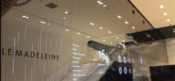 Videowall transparente en Le Madeleine