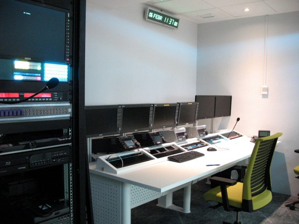 Agencia EFE sala polivalente