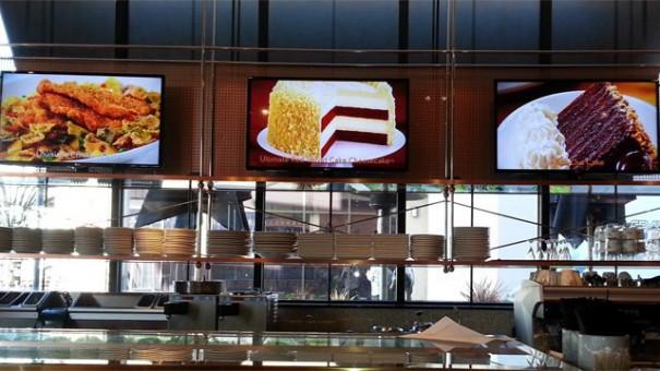 Brightsign y LG en Cheesecake Factory