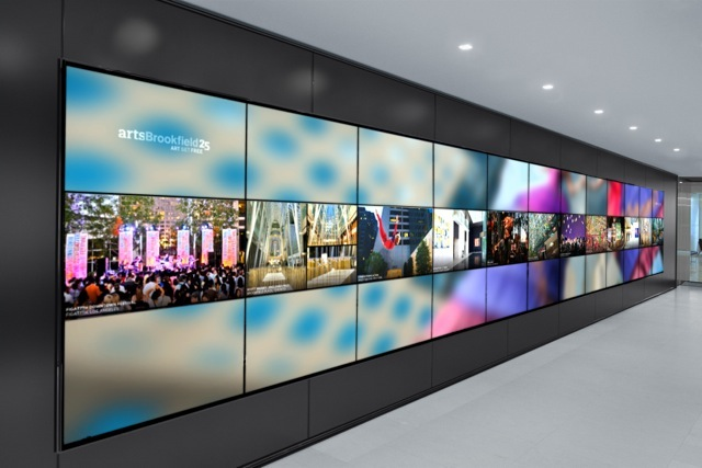 Videowall Of Ultra High Resolution To Show The Business