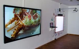 Sala formacion Soditec pantalla tactil 4K