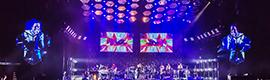 Los medios visuales de XL Video acompañan al grupo de rock Arcade Fire en su gira Reflekts
