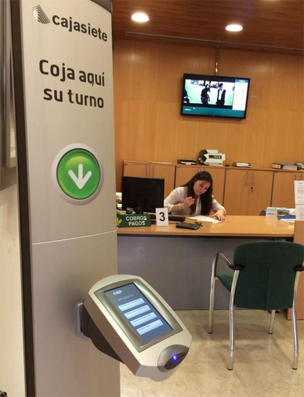 Cajasiete optimise le client avec l introduction de qmatic for Cajasiete oficinas