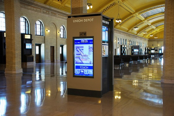 Union Depot con Tightrope