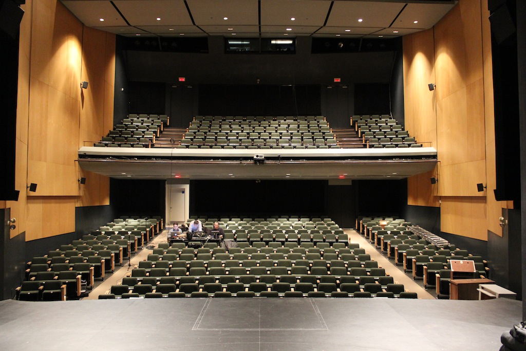 la serie xs de d b audiotechnik protagoniza el nuevo sistema de sonido hist 243 theatre du