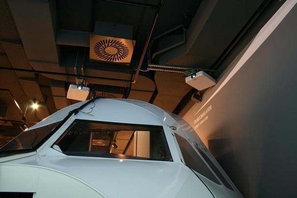 Proyectores Sony simulador aeropuerto Hanover