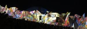 Glastonbury 2014: proyección de vídeo inmersivo en la zona Shangri La para fomentar las artes escénicas