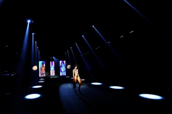 EES Audiovisuales Moda Calida 2014