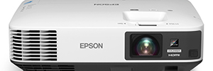 Epson EB-1985WU, 3CLD projector with WUXGA resolution of high brightness for the professional environment