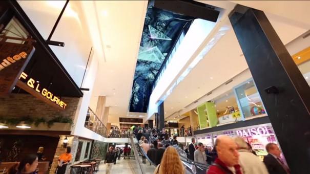 Macquarie Centre pantalla curva techo