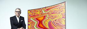 Samsung y Miguel Chevalier crean la obra de arte digital inmersiva y sensorial el 'Origen de la Curva' para IFA 2014