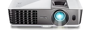 BenQ HT1075 and HT1085ST, short range with Full HD resolution and technology 3D projectors