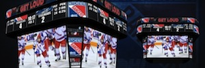 El videomarcador de Daktronics ofrece una óptima visión y experiencia de juego a los aficionados al hockey