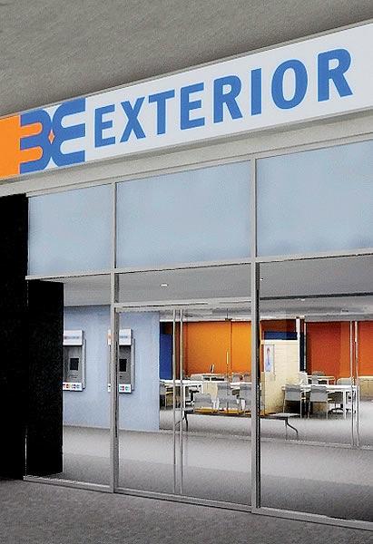 Banco exterior de venezuela commitment to digital signage for Banco banco exterior