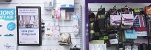 La entidad benéfica Age UK implanta una red de señalización digital en sus tiendas solidarias