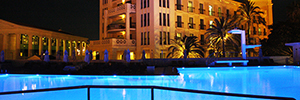 Work Pro LM 5 illuminates the luxurious Hotel Las Arenas Balneario de Valencia