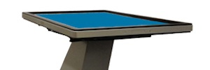 Elo Touch presents its new TK-142T and TK-170T stands to create interactive touch tables