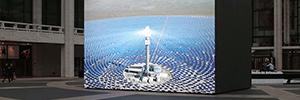 John Gerrad combina digital signage y simulación para su obra de arte público 'Solar Reserve'