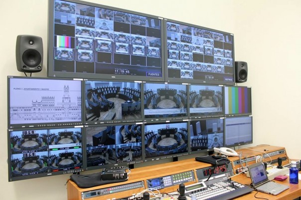 AEQ Kroma monitor