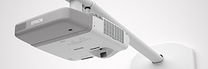 Epson extends its offer for the classroom with a new range of short-throw projectors