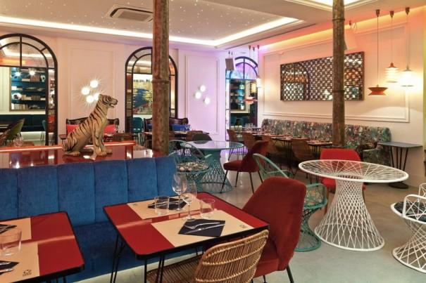 Martin Audio Adagio restaurante Bananas Barcelona