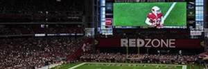 The Super Bowl XLIX AV shows its power in the new Daktronics LED display of Phoenix Stadium