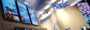 The audiovisual experience 4K NEC Display spans the enclosure ISE 2015