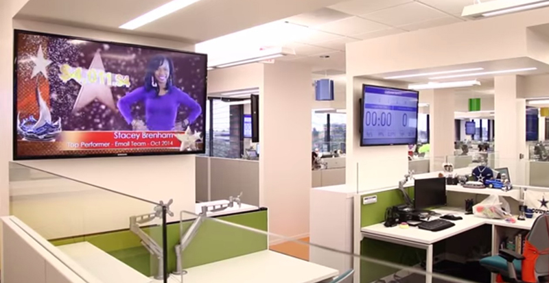 Una Red De Digital Signage Permite A Blinds Mejorar Sus