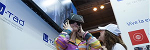 U-tad attend classroom 2015 with experiences that combine engineering and virtual reality