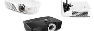 Acer K138ST, U5320W y P5515: proyectores de tiro corto para la oficina y el aula