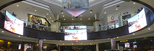 Led & Go takes its curved Led screens to the Peruvian Jockey Plaza shopping centre