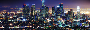 Los Angeles manages its street lighting with Philips Led CityTouch