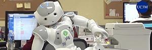 Un robot terapeuta ayuda a los niños con problemas de movilidad