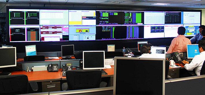 Banco santander instala en su sede central de chile un for Sucursales banco santander valladolid