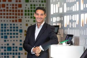 Microsoft Oscar Sanz director educacion