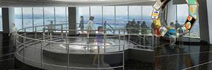 El One World Observatory eleva a los visitantes a lo más alto de la tecnología audiovisual