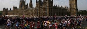 La Maratón de Londres 2015 acorta distancias con los sistemas de proyección de Panasonic