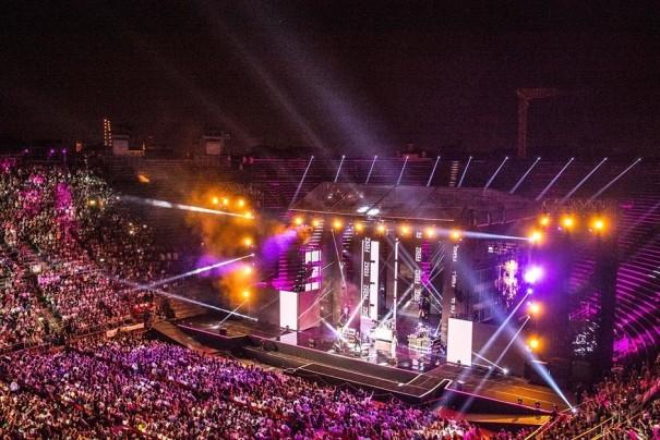 DTS Arena de Verona Acson Comercial