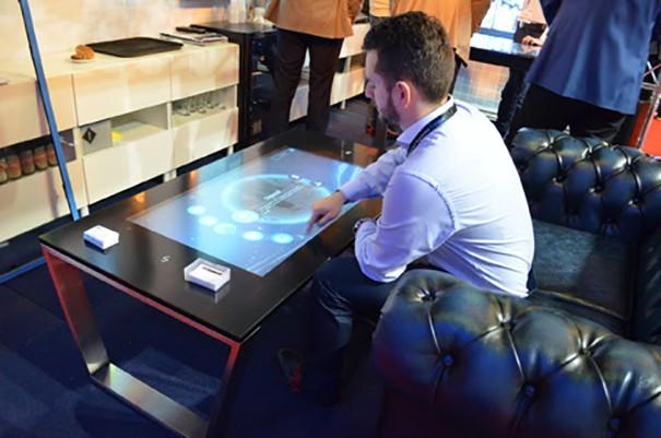 Zytronic Table Videofonika