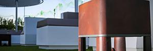 Los altavoces Garvan se fusionan con el modernista diseño del Merli Beach